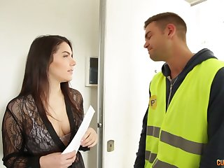 Hospitable anal gap of Italian brunet temptress Valentina Nappi