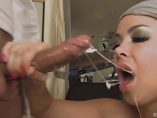 Close up video made on tap home with facial ending for Sophia Santi