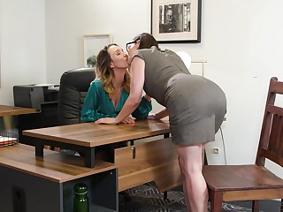 Two making out hot lesbians Jade Nile and Sovereign Syre are intercourse on slay rub elbows with table