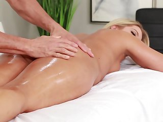 MILF enjoys massage and sex on a aromatic combination