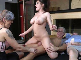 Grotesque sort out sex combo unite alongside amateur sluts Yvonne increased by Lucie Jenilova