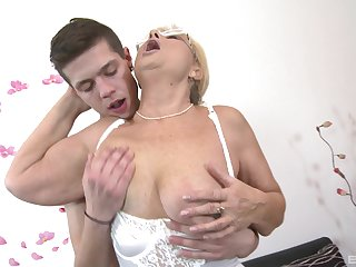 Horny of age slut Regina gets her pussy pleasured by her lover